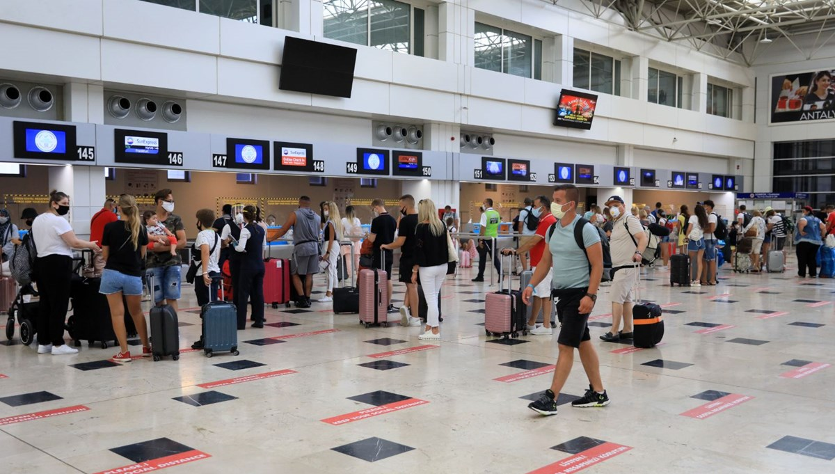 Bakan Ersoy: Hedefimiz 31 milyon turist