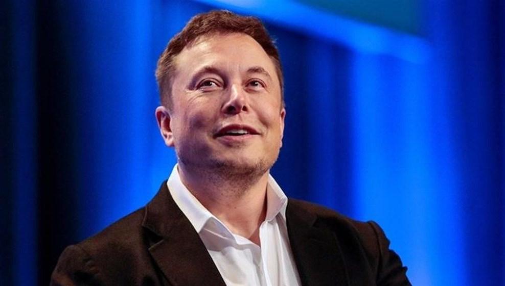 Elon Musk unvanını kaybetti (1 günde 13.5 milyar dolar kaybetti)