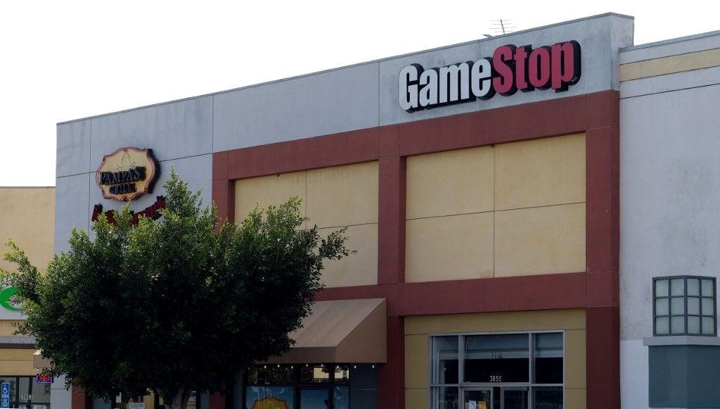 GameStop'u Robinhood durduramadı: Bir haftada yüzde 2 bin artış