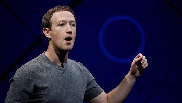 Teknoloji dünyasında yaprak dökümü: Kalan tek isim Facebook'un patronu Mark Zuckerberg