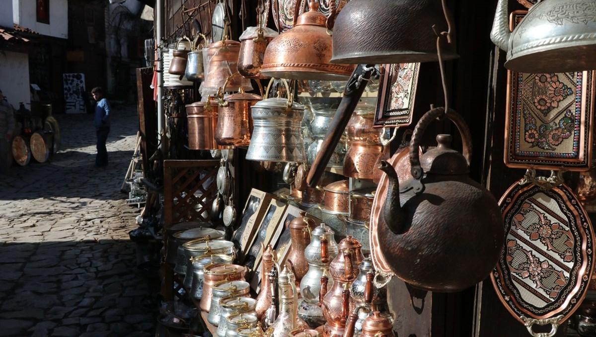 Safranbolu'da 4 usta, demircilik mesleğini sürdürüyor