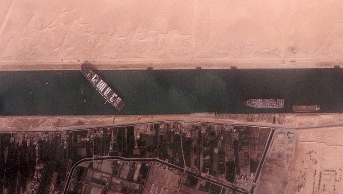 Süveyş Kanalı'nı kapatan The Ever Given'ın küresel ticarete verdiği zarar günde 9,6 milyar dolar