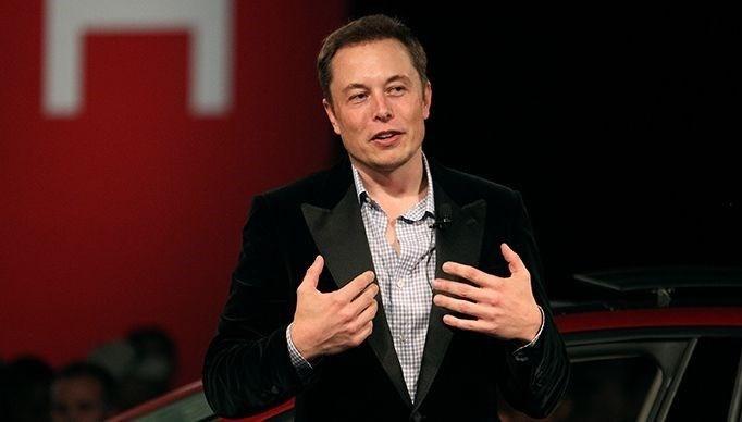 Elon Musk büyük tartışma yaratan tweet'lerini sildi
