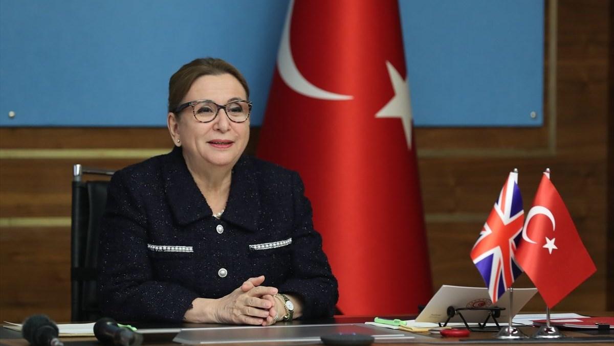 Bakan Pekcan: Dış ticaret meslek liselerimiz 81 ildeki ihracatçılar için gerekli insan kaynağını yetiştirecek