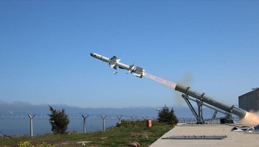 Türkiye'nin ilk deniz seyir füzesi 'Atmaca' hedefini başarıyla vurdu (Türkiye'nin yeni nesil silahları)<h1 class=