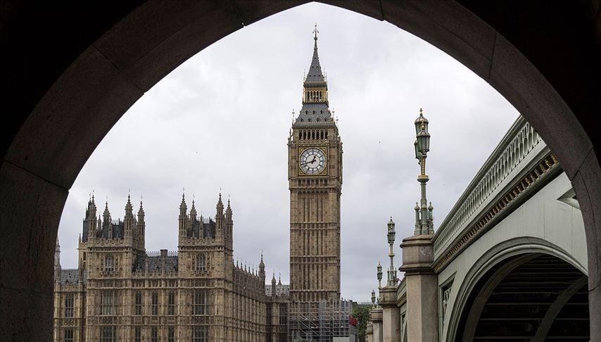 İngiltere'den ekonominin canlanması için 3,57 milyar sterlinlik ek yatırım