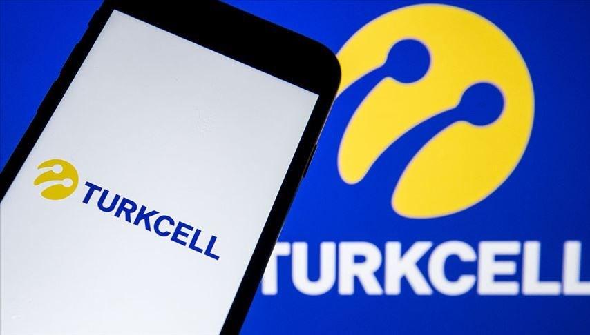 Turkcell'de hisse devrine BTK'dan izin